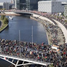 "Hundreds of Thousands Shut Down Berlin to Protest ""Trojan Horse"" – Monsanto's Dream Trade Deal"