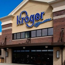 Grocery Chain Puts Money Where Its Mouth Is, Helps American Farmers Switch to Organic