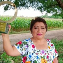 """""""I Can't Believe This Little Woman Beat Us:"""" Mayan Beekeeper Stops Monsanto's Conquest of Mexico Dead in its Tracks"""